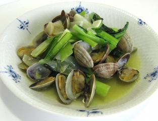 小松菜とあさりのオリーブオイル炒め