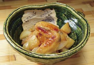 炊飯器で作る 鶏の手羽先と大根の煮物