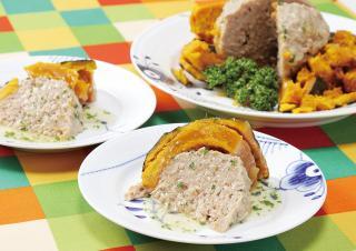 炊飯器で作る かぼちゃの肉詰め