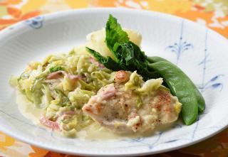 鶏むね肉と長ねぎ、白菜のアラクレーム
