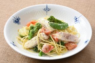びんながまぐろと春野菜のスパゲッティー
